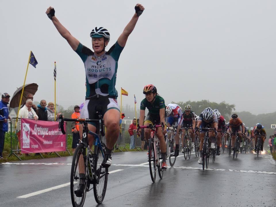 TBF - Kirsten Wild wins stage 4